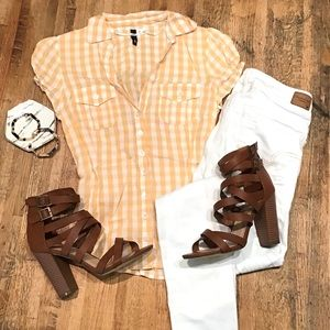 H&M peach gingham short sleeve button up blouse